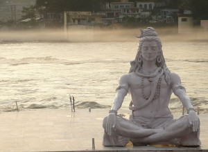 800px-Shiva_in_rishikesh